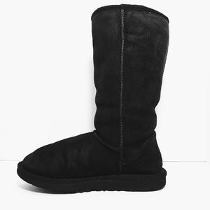 UGG #5815 Classic Black Suede Leather Boots sz 6